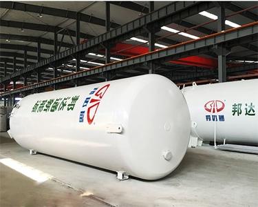 两台江阴20m³/0.8MPaLNG低温西安亚博体育
